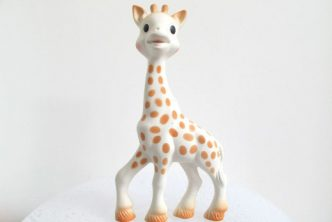 98 giraffe Sophie © Sipa