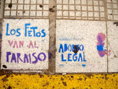Pro-choice_street_art_in_Argentina