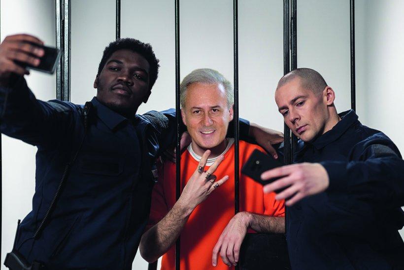 wardersinahigh securityprisonmockaprisonerina